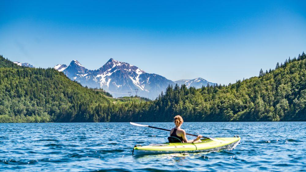 Epic Kayak Tour of America's Cleanest Lake