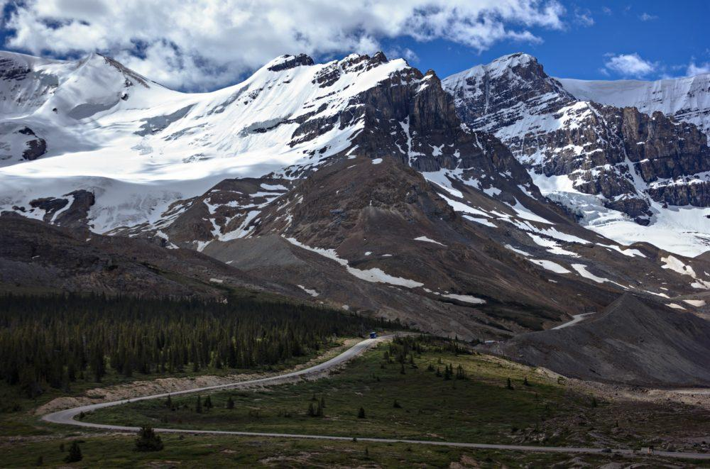 Easy Hike to Athabasca Glacier